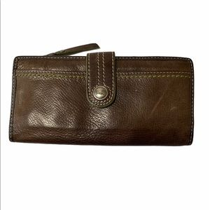 Woman's Genuine Leather Fossil Wallet